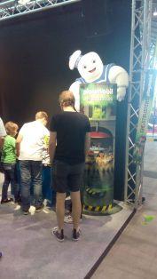 Der große Playmobil-Marshmallow-Mann begrüßte Besucher auf der einen Seite...